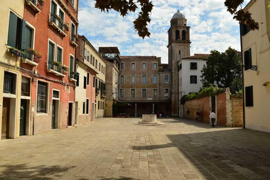 Ai Due Fanali Venice Official Site Hotel Near Venice Train Station